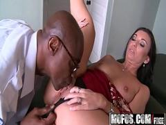 Download tube video category blowjob (470 sec). Mofos - Milfs Like It Black - (Honey White) - Mouth to Mouth.