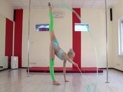 Play video category blonde (318 sec). Dora Tornaszkova hot naked gymnastics.
